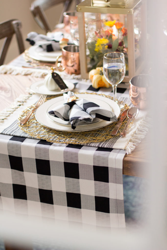 Easy Diy Table Runner And Napkin Tutorial Dazzling Hospitality